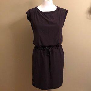 LIKE NEW-Athleta dress (Black)